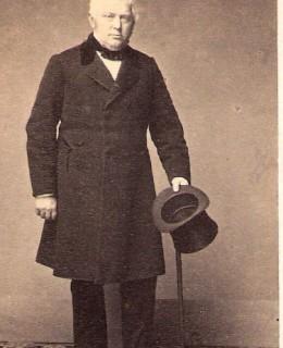 Veiel, Dr Albert von