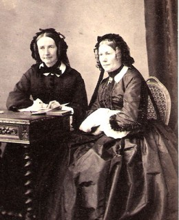 Risler, Adolphine et Nina