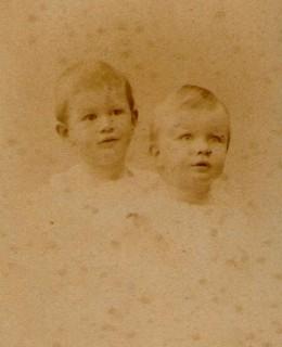 Dubied, Alexandre et Pierre (1888)
