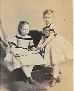 Claudon, les deux sœurs : Marie Poupardin et Isabelle Dussaud