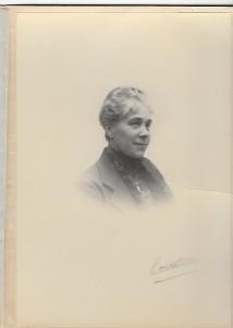 Léonie Albin, femme de l'oncle Daniel Poupardin. 1921